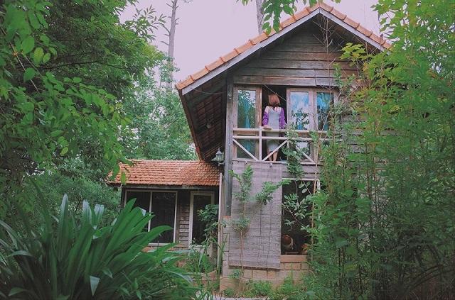 Le Blue The Vanlley rất gần gũi với thiên nhiên với nhiều cảnh đẹp nên thơ, yên tĩnh dành riêng cho các cặp đôi