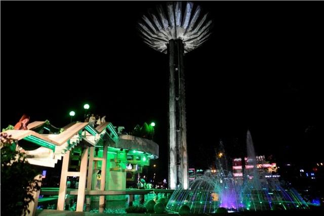 Hồ con rùa – Địa điểm vui chơi ở Sài Gòn vào buổi tối