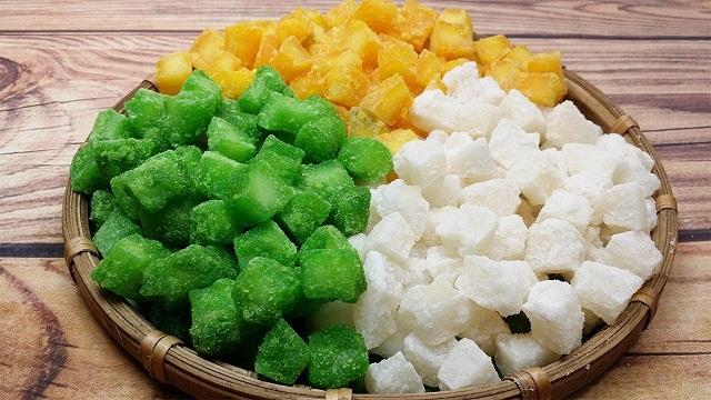 Món mứt dừa thơm ngon –đặc sản Bến Tre