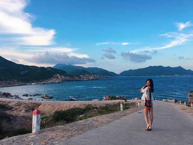 Bãi Chướng được xem là bãi biển đẹp nhất của đảo Bình Ba