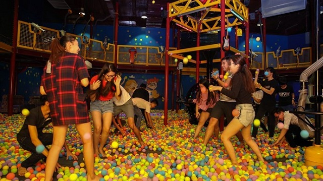 Khu vui chơi trong nhà của Asia Park có nhiều trò chơi hấp dẫn