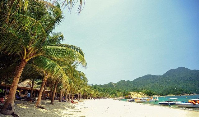 Bãi làng sở hữu bãi biển đẹp nhất Cù Lao Chàm