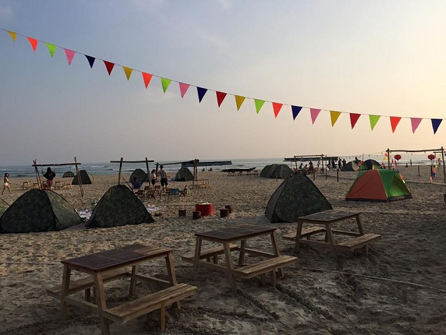 Bạn có thể cắm trại trên bờ biển Cảnh Dương