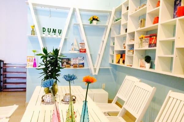 DUNU Homestay – Thư viện sách khổng lồ với nhiều loại sách khác nhau