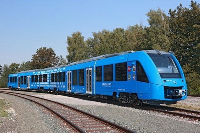 Tàu Hỏa là phương tiện di chuyển đến Đà Nẵng được nhiều du khách lựa chọn
