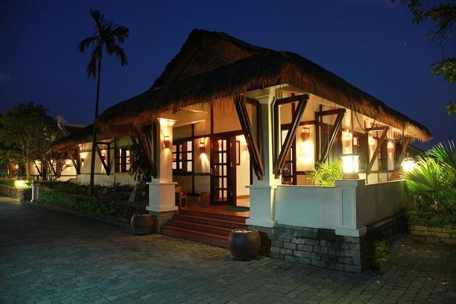 Những căn biệt thự tại Son Tra Resort & Spa đều mang phong cách cổ điển