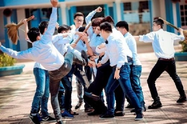 Bạo lực học đường đang là vấn đề vô cùng nổi trội của nhiều trường học