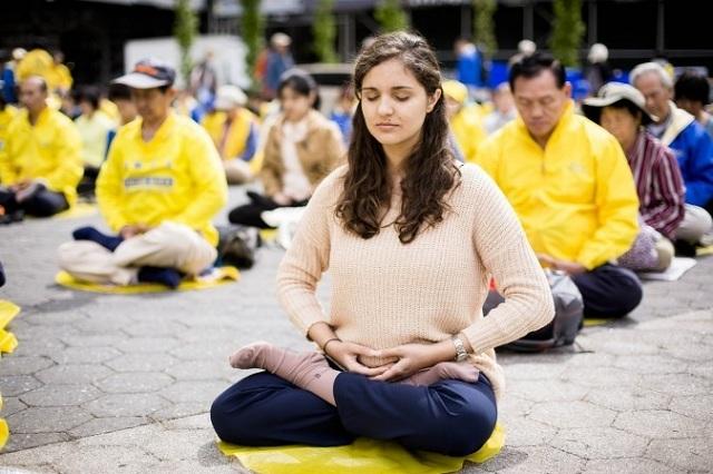 Tập luyện Pháp Luân Công giúp người tập có thể nâng cao sức khỏe