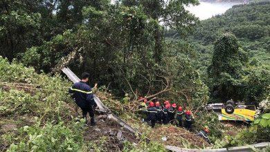 Photo of Khởi tố lái xe chở 21 sinh viên rơi xuống vực trên đèo Hải Vân