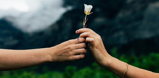 Lòng nhân ái có vai trò vô cùng quan trọng đối với nhân loại