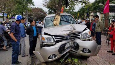 """Photo of Khởi tố, bắt tạm giam tài xế lái xe """"điên"""" tông hai mẹ con chờ xe buýt ở Quảng Nam"""