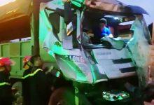Photo of Tài xế xe tải may mắn thoát chết sau cú đâm ngang xe bồn