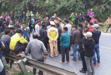 Photo of Học sinh 15 tuổi điều khiển xe máy gây tai nạn tử vong, người thân vây kín đòi đền bù 400 triệu