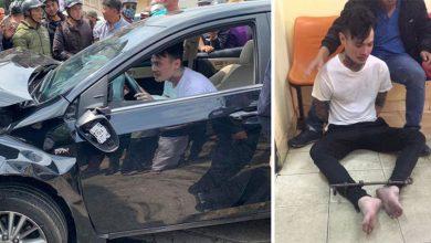 """Photo of VIDEO: Thanh niên """"ngáo đá"""" tông hàng loạt ô tô, xe máy trên nhiều tuyến phố"""