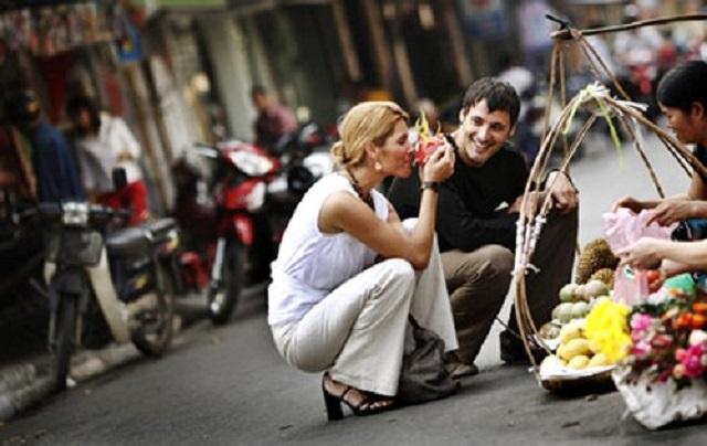 Khi đi du lịch bạn sẽ được tìm hiểu về những văn hóa của các nước khác hoặc các địa điểm trong nước