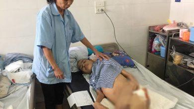 Photo of Phú Thọ: Mẹ nghèo khẩn cầu xin cứu con trai tai nạn liệt nửa người