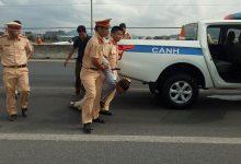 Photo of Tài xế dùng rìu chém người, tông 02 cảnh sát giao thông trọng thương