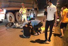 Photo of Thiếu niên 16 tuổi chạy xe máy tốc độ cao tông Thiếu tá CSGT gục giữa đường