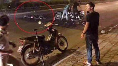 Photo of Đại úy Cảnh sát cơ động bị xe máy kẹp 3 đi trái đường đâm tử vong