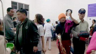 Photo of Ngộ độc thực phẩm khi dự đám cưới, 129 người nhập viện cấp cứu