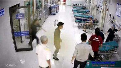 """Photo of VIDEO: Bác sĩ ở Phú Thọ """"nhanh như chớp"""" cứu bệnh nhi ngừng thở, tim ngừng đập"""