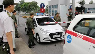 Photo of Bị nhắc nhở đỗ xe sai quy định, tài xế taxi ở Phú Thọ rút dao uy hiếp nhân viên an ninh sân bay Nội Bài