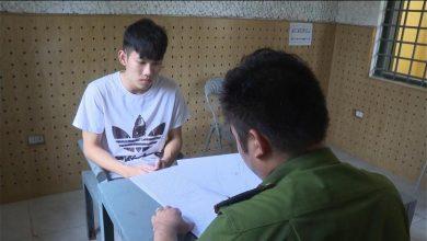 Photo of Bắt giữ đối tượng 19 tuổi cầm dao đi cướp taxi 2 lần trong cùng 1 ngày