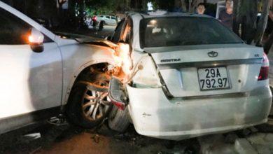 Photo of VIDEO: Kinh hoàng Mazda CX5 tông gục hàng loạt người và phương tiện