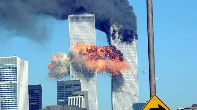 """ự kiện khủng bố tại Mỹ ngày 11/9 khiến nhiều người tin rằng """"ngày tận thế"""" sẽ xuất hiện"""