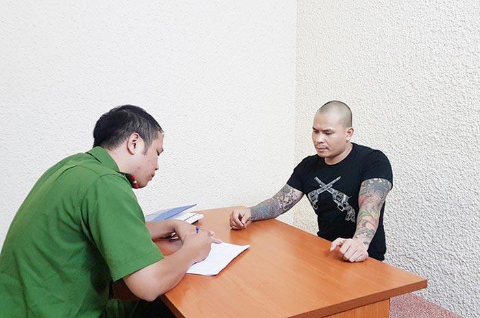 """Quang Rambo là ai? - Đàn anh Khá """"bảnh"""" bị bắt vì cầm đầu nhóm đòi nợ thuê"""