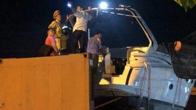 """Photo of Phụ xe tử vong vì phối hợp không ăn ý với tài xế khi """"giải cứu"""" xe container mắc kẹt"""