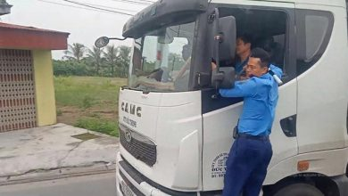 Photo of Phạt 72 triệu tài xế và chủ xe tải trốn trạm cân khiến thanh tra giao thông đu trên cabin suốt 3 km