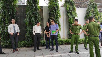 Photo of Tiếp tục thực nghiệm hiện trường vụ bé trai 6 tuổi trường Gateway tử vong, tài xế Phiến đã có mặt