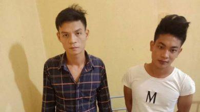 Photo of Bắt giữ hai kẻ nghiện ở Vĩnh Phúc chuyên 'bám đuôi' phụ nữ để cướp tài sản