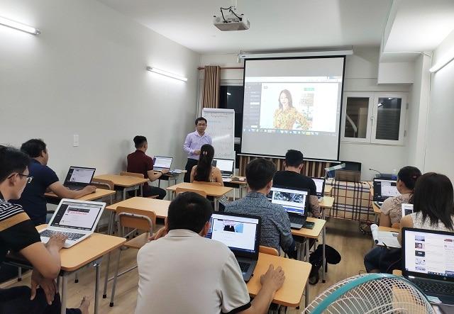 Trung tâm đào tạo Marketing Online IMTA luôn mang đến cho họ viên những giáo trình giảng dạy chất lượng nhất