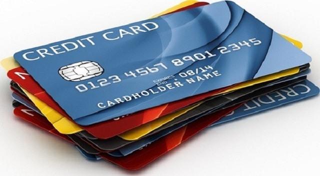 Để đăng ký thẻ tín dụng bạn cần phải mang theo CMND khi đến ngân hàng