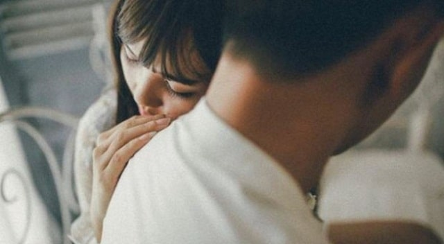 Tình yêu đích thực là khi họ gặp khó khăn, mình vẫn muốn ở bên
