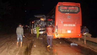 Photo of Tai nạn liên hoàn, 3 xe khách tông nhau trong đêm khiến nhiều người bị thương