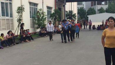 Photo of Hàng loạt công nhân công ty giày da ở Lập Thạch, Vĩnh Phúc ngất tại chỗ nghi do khí độc