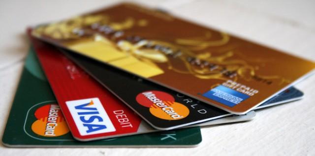 Visa là Mastercard là 2 loại thẻ thanh toán quốc tế phổ biến nhất