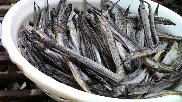 Khô cá kèo là món đặc sản ngon rất đáng để mua khi đến đất Mũi Cà Mau