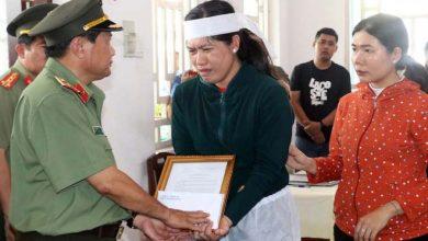 Photo of Thăng quân hàm cho đại úy công an hy sinh chiều 30 Tết