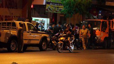 Photo of Xuyên đêm vây bắt thanh niên cầm lựu đạn cố thủ ở TP.HCM