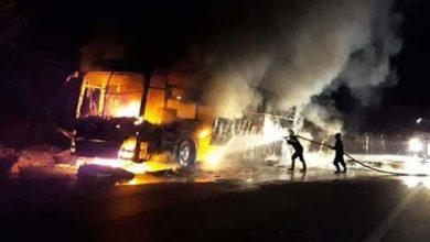 Photo of Xe khách giường nằm nổ lốp rồi cháy rụi, 15 người may mắn thoát nạn
