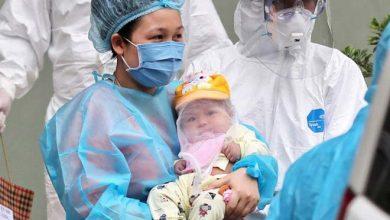 Photo of Bé gái 3 tháng tuổi ở Vĩnh Phúc nhiễm corona đã được xuất viện