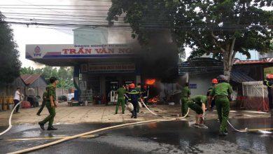 Photo of Cháy xe bồn chở xăng khiến 1 người chết, 2 người bị bỏng nặng