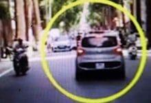 Photo of Tạm giữ hình sự lái xe ở Vĩnh Phúc hất Công an lên nóc capo