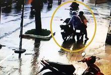 Photo of Trộm xe máy đánh rơi ví rồi ngang nhiên quay lại xin