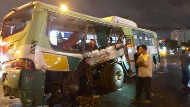Photo of Ô tô tải tông xe buýt, 20 hành khách nhập viện cấp cứu